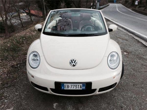 New beetle 1.9 tdi 105cv cabrio lim. red edt.