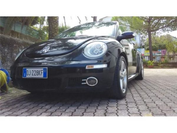 New beetle 1.8 t 20v cabrio lim. red edt.